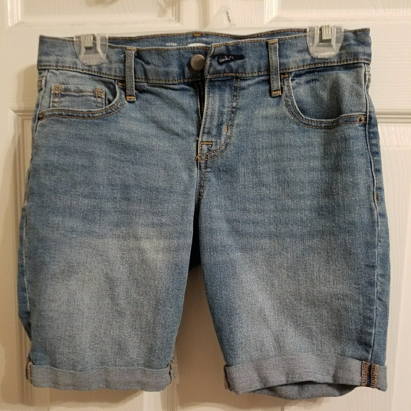Old Navy Pants - Old Navy size 2 jean shorts